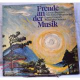 Freude an der Musik  -  New Yorker Philharmoniker& Bernstein / Philadelphia Orchester &  Ormandy